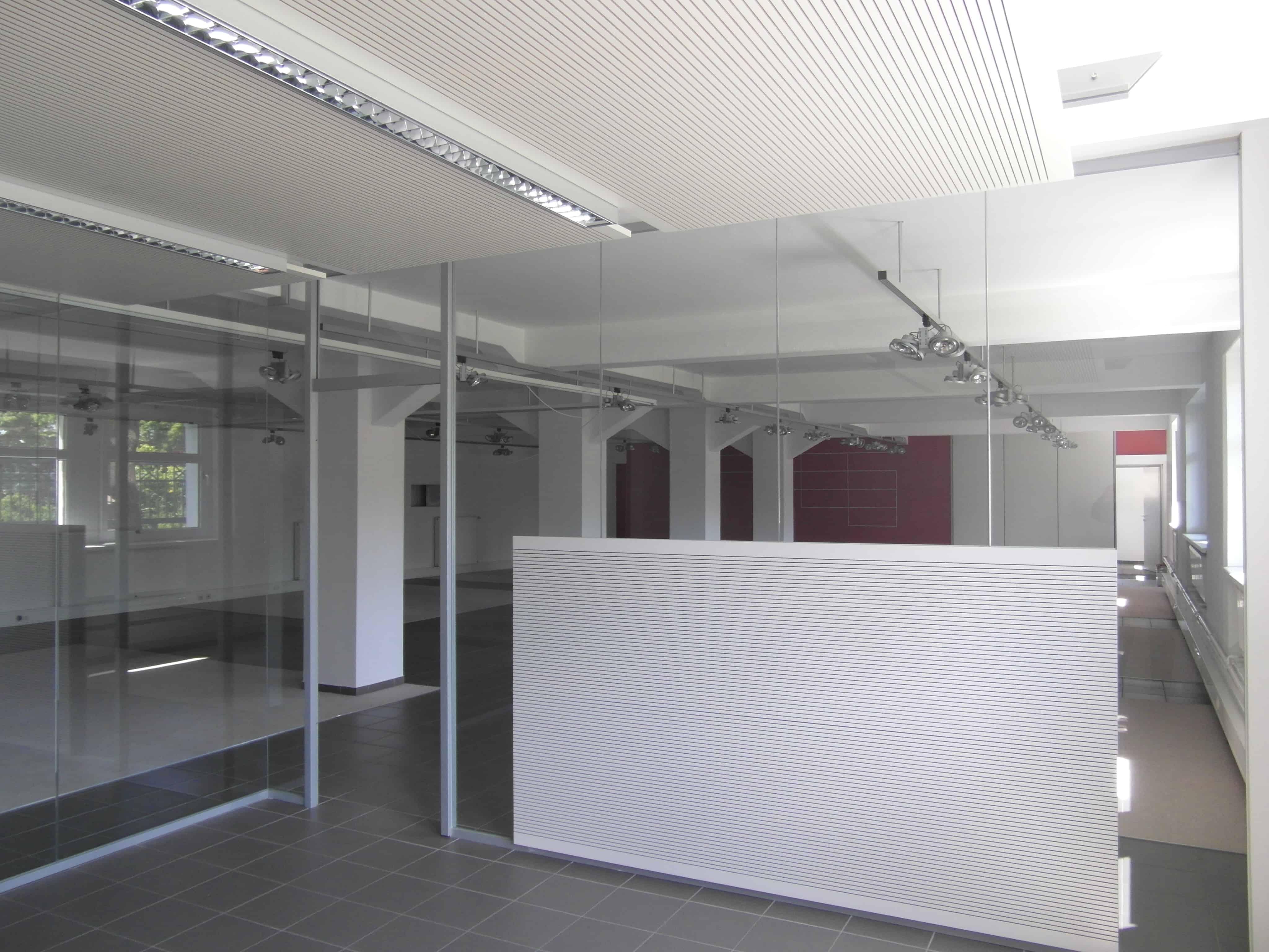 Büro-/Austellungsfläche in Melle zu vermieten (teilbar) - Blomeier ...